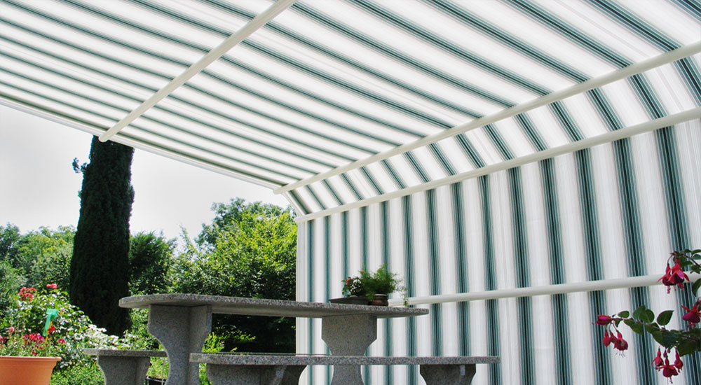 The Reed Awning Co Retractable Awnings Stobag Brustor